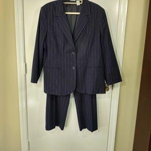 Kim Rogers Signature 2 piece Suit